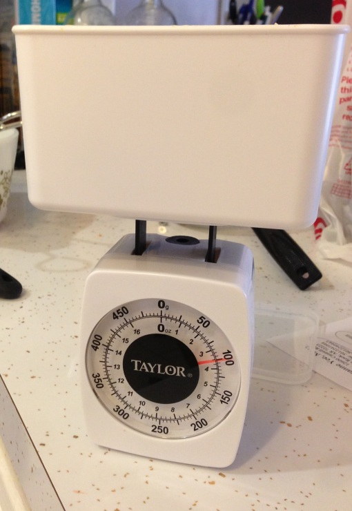 Weighing with Food Scale